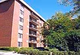 Cinnamon Lake Towers, Waukegan, IL