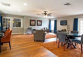 Fountain Square Apartments, Lakeland, FL