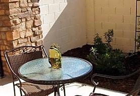 Villa Sorrento Apartments - Clovis, CA 93612