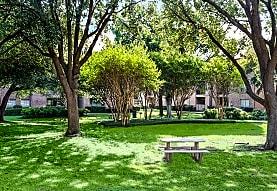 Trinity Square, Dallas, TX