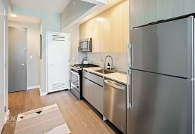 22-44 Jackson Ave 1022, Queens, NY