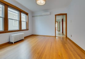 5955 W Giddings St 1, Chicago, IL