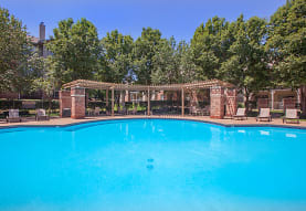 Crescent Apartments, Lenexa, KS