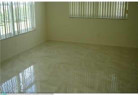 575 Oaks Ln 601, Pompano Beach, FL