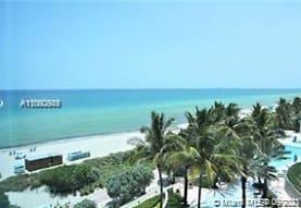 6801 Collins Ave 518, Miami Beach, FL