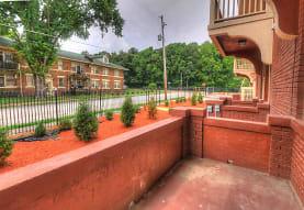 528 E Pkwy N, Memphis, TN