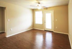 The Woodcrest Apartments, Baton Rouge, LA