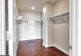2700 Woodley Rd NW 420, Washington, DC