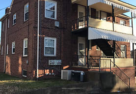 805 Somerset Dr, Charleston, WV
