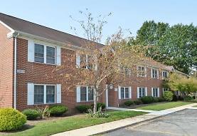 Courtside Apartments, Dover, DE