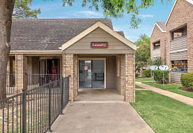 Lakeview Terrace, Haltom City, TX