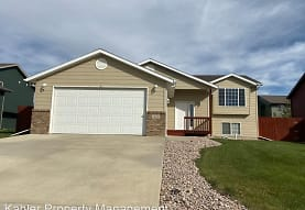 3108 New England St, Rapid City, SD