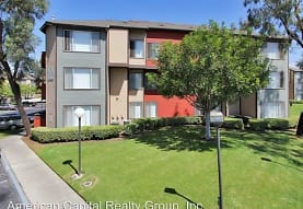 Solare Apartment Homes, Santa Ana, CA