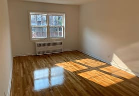 51-82 48th St 1ST, Queens, NY