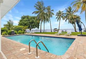256 Bayshore Dr, Cape Coral, FL