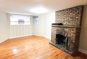 2242 N Halsted St GDN, Chicago, IL