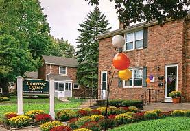Colonial Village, Plainville, CT