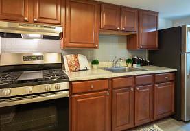 Pembroke Town Center Apartments, Virginia Beach, VA