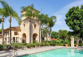 Villa Coronado, Irvine, CA