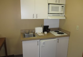 Furnished Studio - Cincinnati - Blue Ash - Kenwood Road, Blue Ash, OH