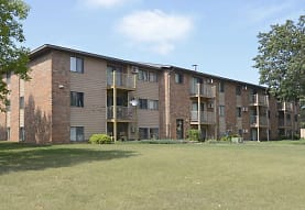 Brookwood Apartments, Saint Cloud, MN