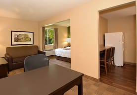 Furnished Studio - Knoxville - West Hills, Knoxville, TN