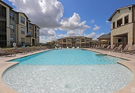 The Curve at Crescent Pointe, College Station, TX