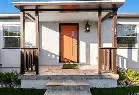 17329 Burbank Blvd, Los Angeles, CA