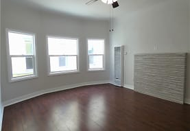 1824 S Highland Ave 1/2, Los Angeles, CA