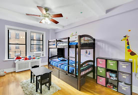 175 W 93rd St, New York, NY