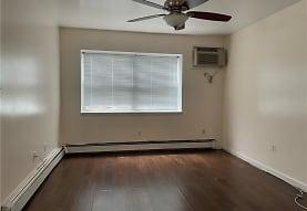 227 Mary Lou Ave 1, Yonkers, NY
