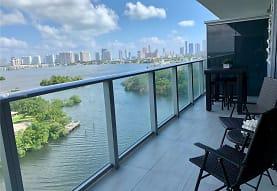 16385 Biscayne Blvd 1104, North Miami Beach, FL