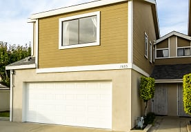 7895 W Cerritos Ave, Stanton, CA