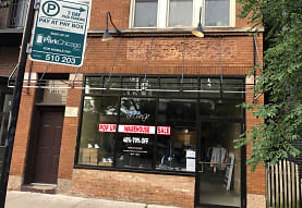 2037 W Roscoe St 2, Chicago, IL