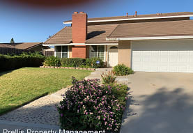 2207 Greenpark Ct, Thousand Oaks, CA