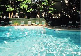 view of pool, Crickentree
