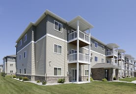 Southport Heights Apartments, Fargo, ND