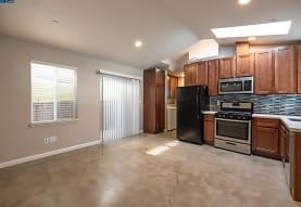 3812 Midvale Ave, Oakland, CA