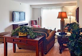 Oak Pointe Apartments, Minneapolis, MN