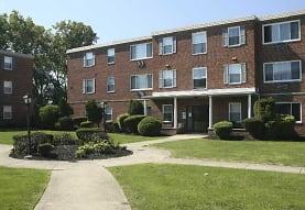 Ellacott Parkway Apartments, Cleveland, OH