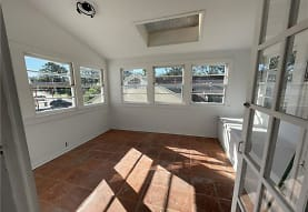 118 Metairie Heights Ave UPPER, Metairie, LA