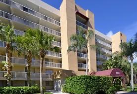Tennis Towers Apartments, West Palm Beach, FL