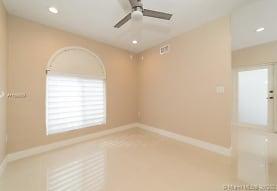 15225 SW 140th St B, Miami, FL