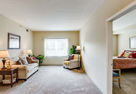 Hanover Place - Independent Senior Living, Tinley Park, IL
