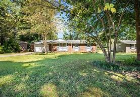 879 Forest Ridge Dr SE, Marietta, GA