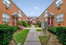 Briarwood Commons, Hackensack, NJ