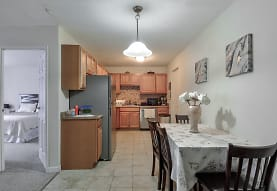 Carlyle House Apartments, Revere, MA