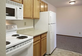 Washington Heights Apartments, Bismarck, ND