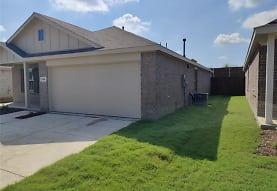 1215 Wildflower St, Ennis, TX