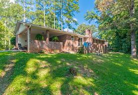 422 White Oak Dr SW, Marietta, GA